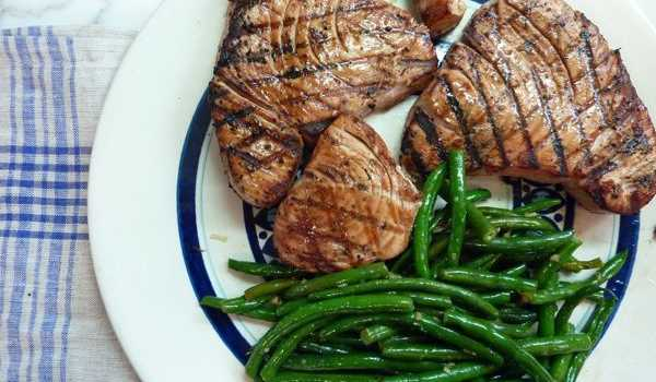 Grilled Yellowfin Tuna with Ginger