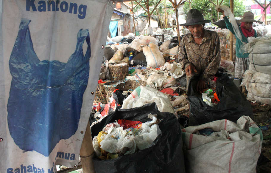 National Sword, Sampah Plastik Impor Bakal