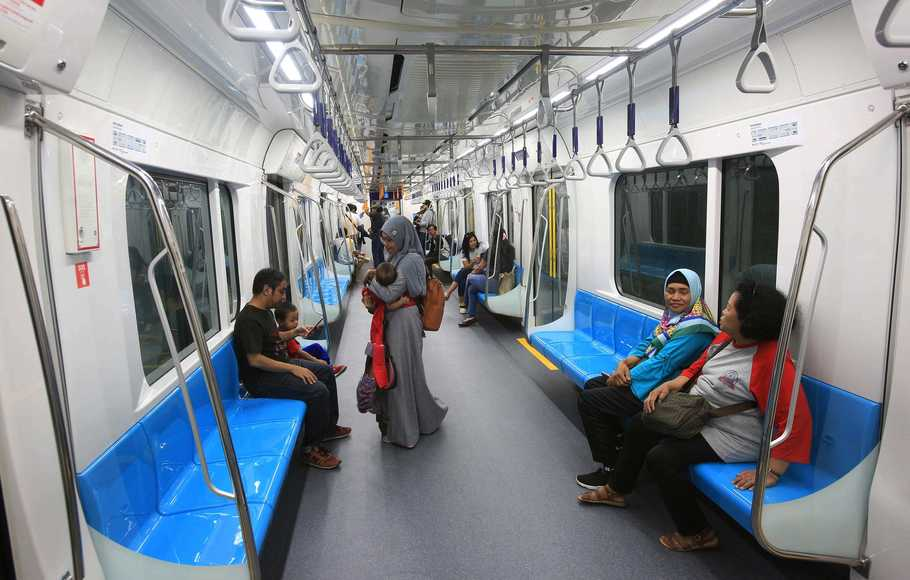 Tarif MRT Diskon 50% Sepanjang April