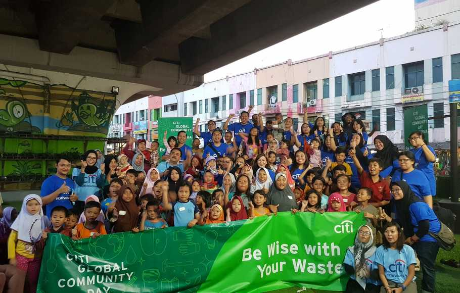 GreenEdu with Street Children