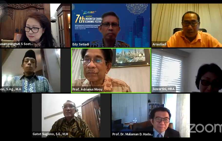 "Sekolah Tinggi Ilmu Ekonomi (STIE) Indonesia Banking School (IBS) kembali menggelar webinar bertajuk ""Sustainable Finance: From Niche to New Normal"", Jumat (7/8/2020)."