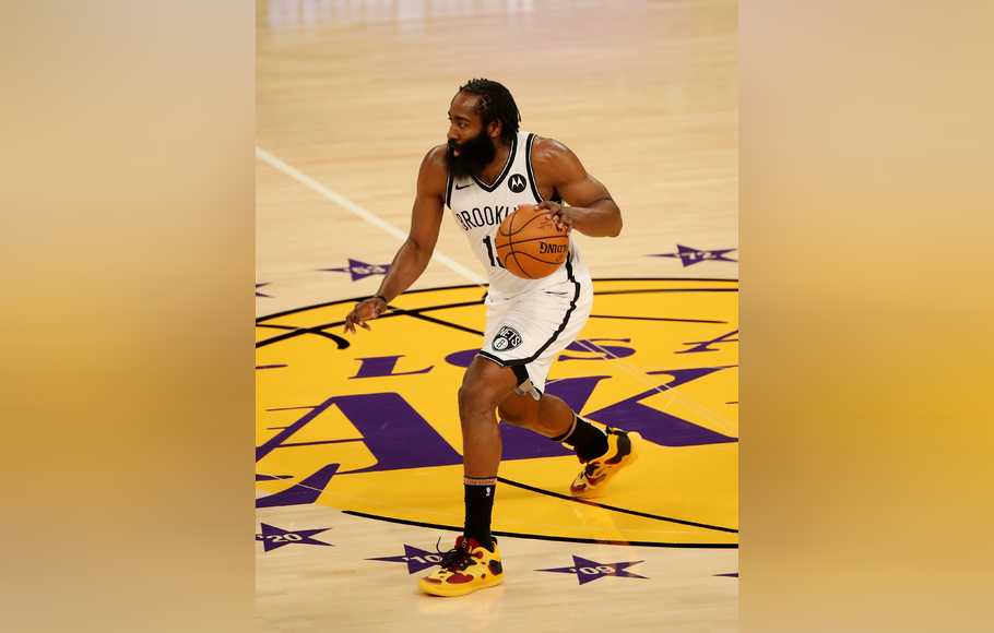 Pebasket NBA dari klub Brooklyn Nets, James Harden.