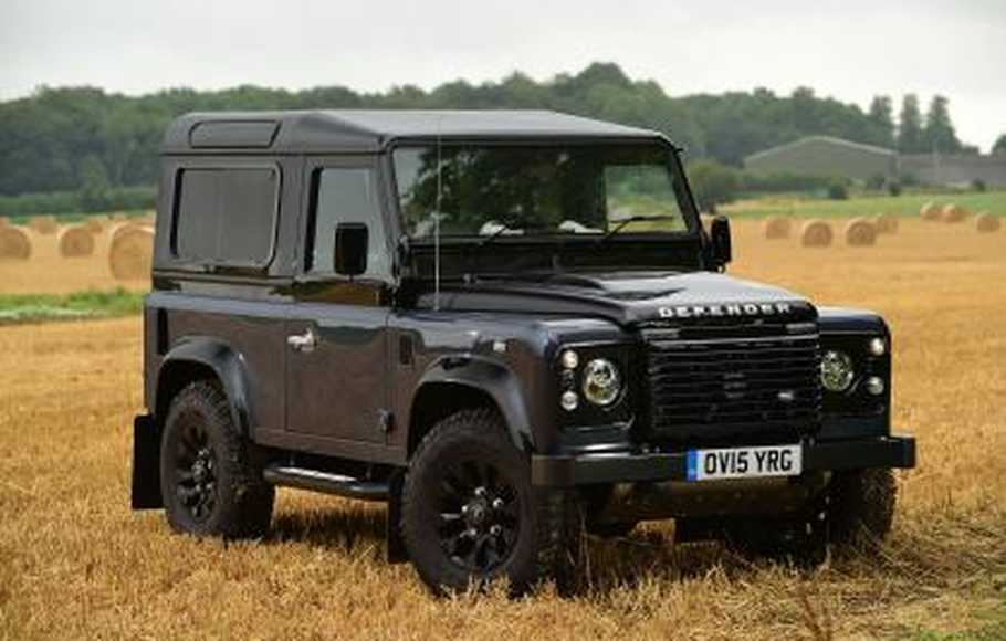 stok habis land rover defender tak lagi dijual di indonesia. Black Bedroom Furniture Sets. Home Design Ideas