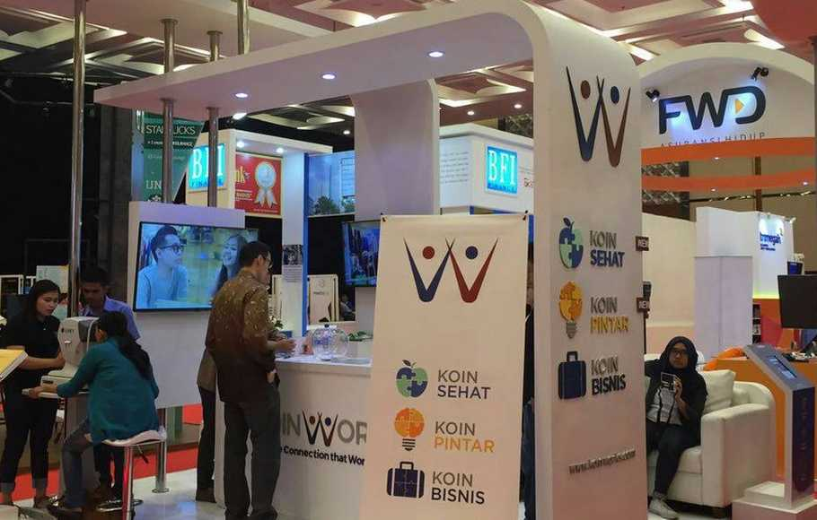 Booth KoinWorks di acara Indonesia Fintech Festival and Conference 2016, di ICE BSD, Tangerang.