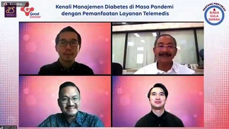Danu Wicaksana, Managing Director Good Doctor Technology Indonesia; Prof. DR dr. Ketut Suastika, Sp.PD (KEMD), Ketua Umum Perkeni dr. Andrew, mitra dokter Good Doctor selaku moderator, dan dr. Adhiatma Gunawan, Head of Medical Management Good Doctor Technology Indonesia dalam peluncuran program Pantang Menyerah, Siaga Gula Darah oleh Good Doctor Technology Indonesia (Good Doctor) dan Perkeni, Senin (16/11/2020).