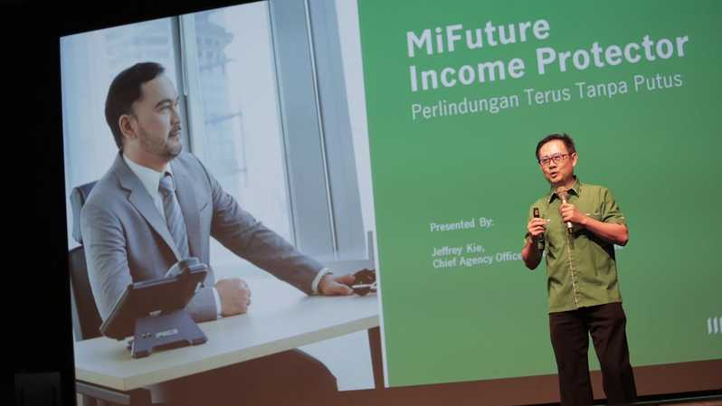 Chief Agency Officer Manulife Indonesia Jeffrey Kie