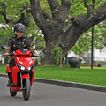 Hary Tanoesoedibjo Steps in When Winner in Jokowi's Scooter Auction Fails to Pay