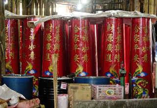 These candles from Teluk Naga in Tangerang often end up on the front gates of Buddhist temples in big cities all over Indonesia. (18/01). (JG Photo/Yudha Baskoro)