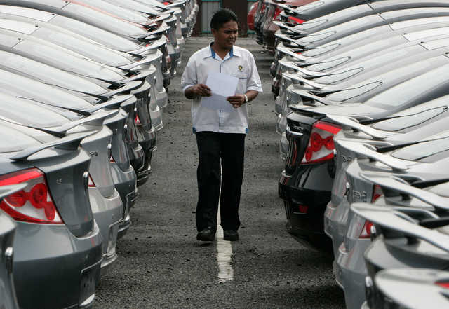 malaysia car industry essay Read this essay on automotive industry in malaysia come browse our large digital warehouse of free sample essays get the knowledge you need in order to pass your classes and more.