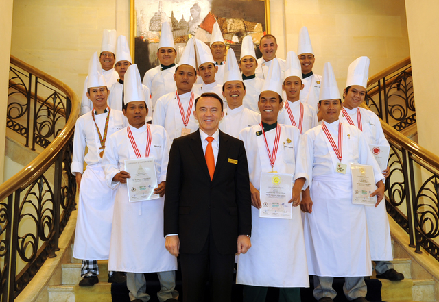 Hotel Borobudur Jakarta Bagged Gold Medal In The 10th Indonesian Salon Culinaire 2015