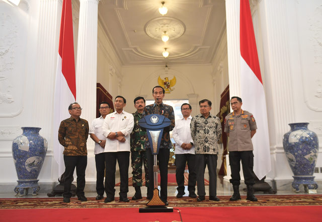 Jokowi Says He Will Not Tolerate Election Rioters