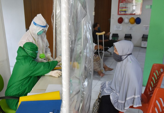 Indonesia Reports 60,000 Active Covid Cases, Death Toll Passes 10,000