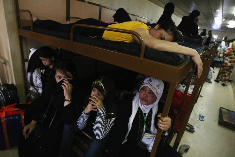 Indonesian migrant workers deported from Saudi Arabia are seen in this 2013 file photo. (JG Photo/Yudhi Sukma Wijaya)