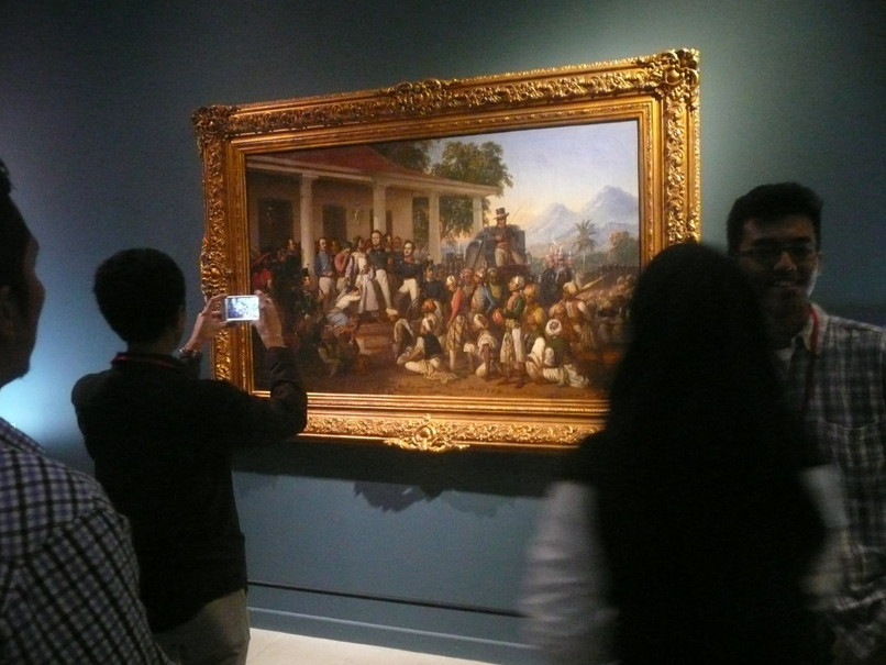 'The Arrest of Pangeran Diponegoro' at the National Gallery in Jakarta in August 2016, as part of an exhibition of paintings owned by the State Palace. (Antara Photo/Dodo Karundeng)