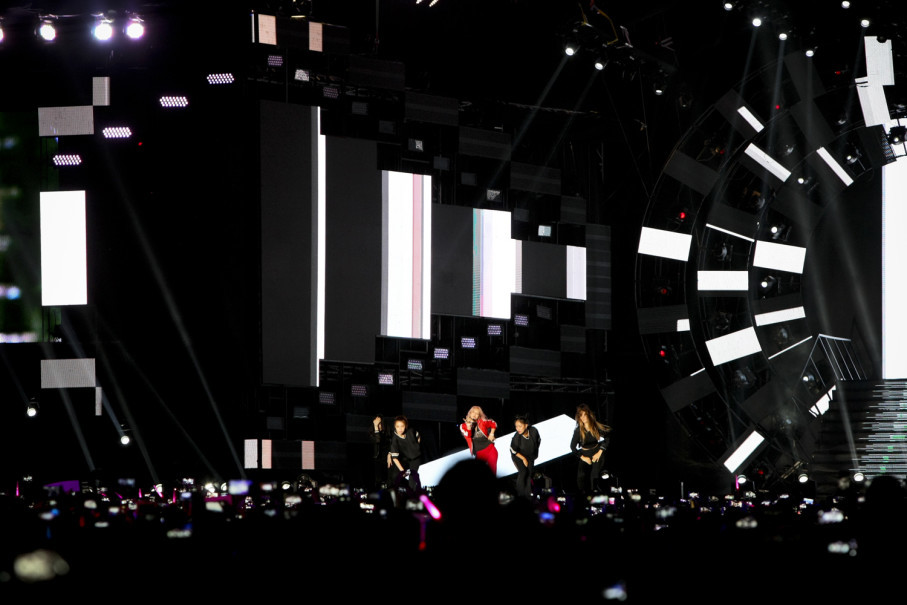 SNSD girlsband performs during the 2018 Asian Games countdown, exactly 365 days before the 2018 Asian Games. (JG Photo/Yudha Baskoro)