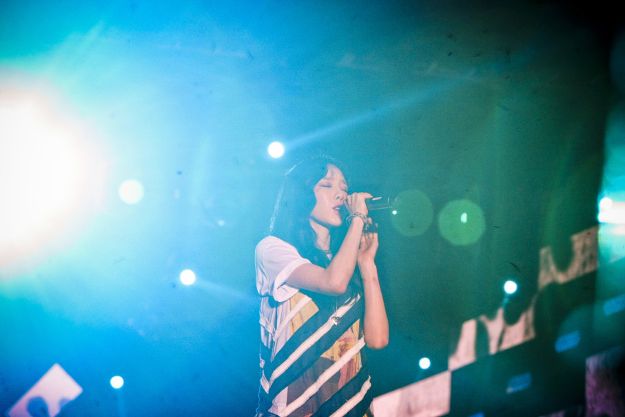Taeyeon of SNSD sings at the 2018 Asian Games countdown event in Central Jakarta, on Friday (18/08). (JG Photo/Yudha Baskoro)