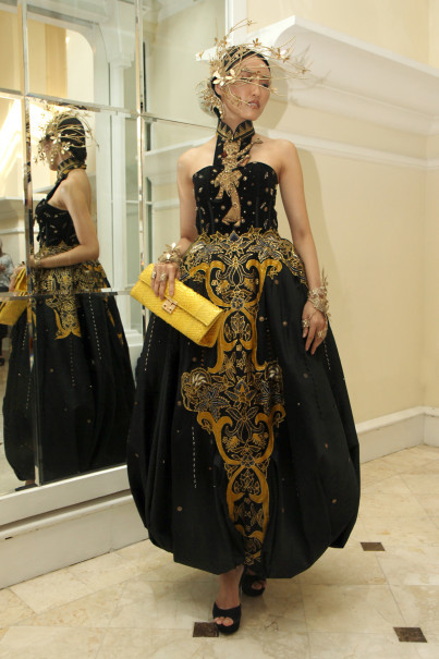 One of Catherine Njoo's outfits to be presented at New York Fashion Week on Sept. 7. (Photo courtesy of Tim Muara Bagdja)