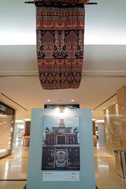 'Lukamba Nduma Luri' exhibition at Plaza Indonesia. (Photo courtesy of Magnifique)