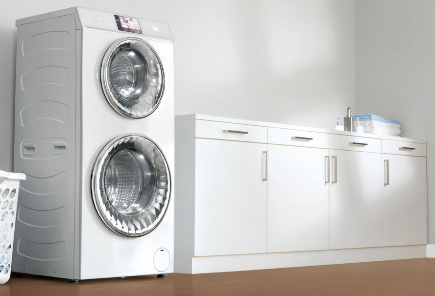 AQUA Duo washing machine. (Photo courtesy of AQUA Japan)