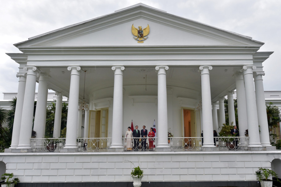 The Bogor presidential palace is built in the Dutch colonial style. (Reuters Photo/Adek Berry)