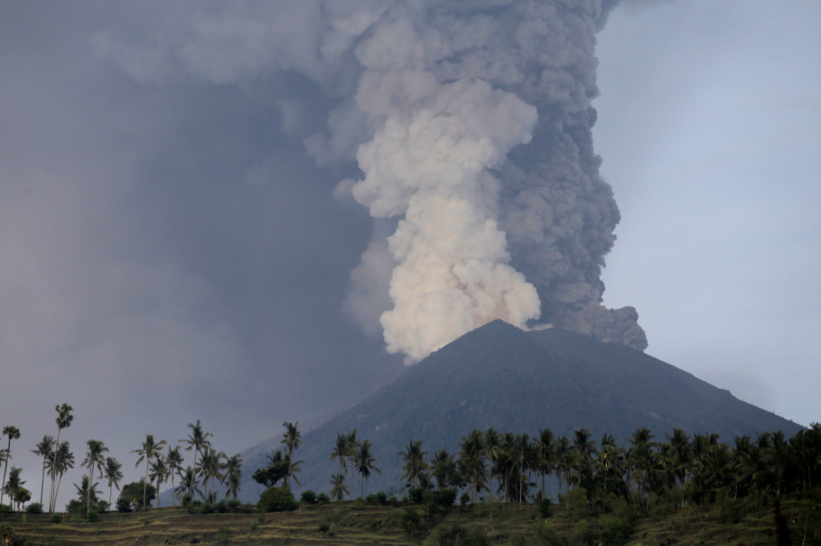 A view of Mount Agung from Culik, a village near Karangasem in Bali on Nov. 27, 2017. (Reuters Photo/Johannes P. Christo)