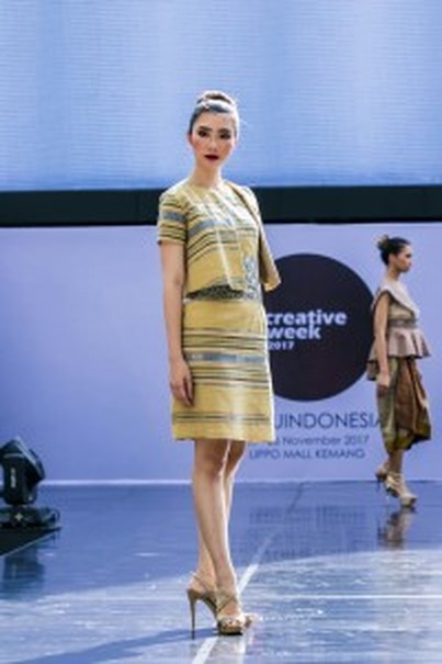 A dress by Wignyo Rahadi. (Photo courtesy of IFC Jakarta)