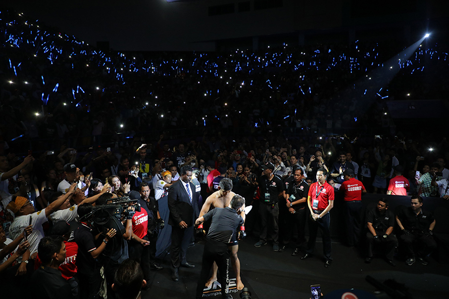 A ONE Championship fighter weighs in before stepping into the cage. (ONE Championship Photo)