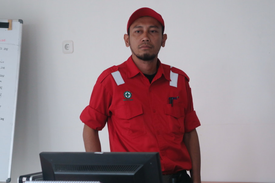 Widi Santoso serves as RAPP's firefighting team's development and prevention coordinator. (JG Photo/Suksmajati Kumara)