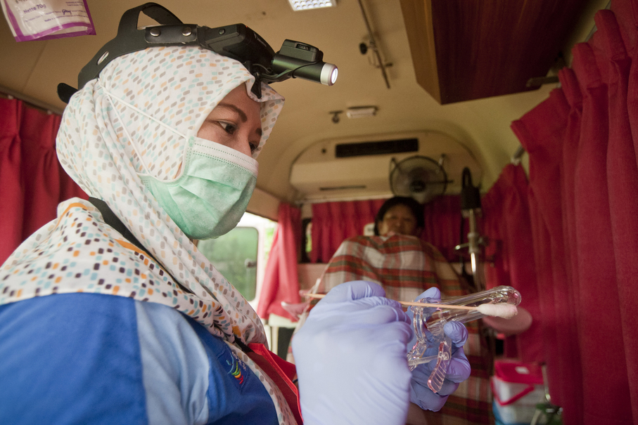 Many women have never had the test before, even though it should be carried out routinely to prevent and detect cervical cancer. (JG Photo/Yudha Baskoro)