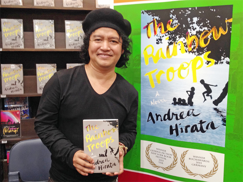 Andrea Hirata at a reading for his best-selling 'The Rainbow Troops.' (JG Photo/Tunggul Wirajuda)