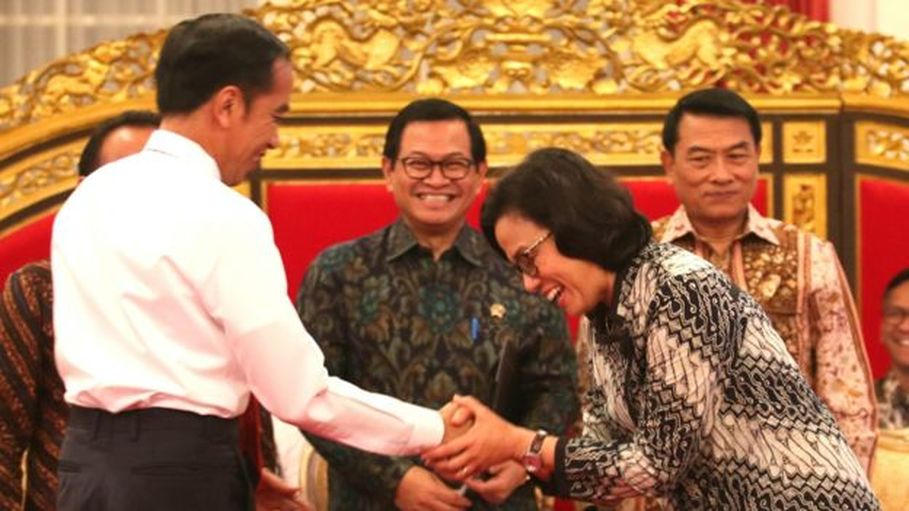President Jokowi and Sri Mulyani. (Photo courtesy of the Cabinet Secretariat)
