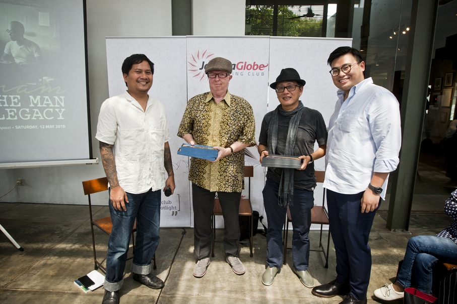 From left to right, Jakarta Globe editor Mikael Johani, Max Lane, Richard Oh, Beritasatu Media Holdings executive editor Anthony Wongsono. (JG Photo/Yudha Baskoro)