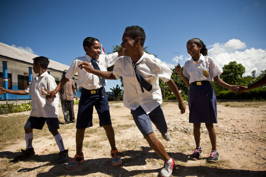 Children play at a school in Soe. (JG Photo/Yudha Baskoro)
