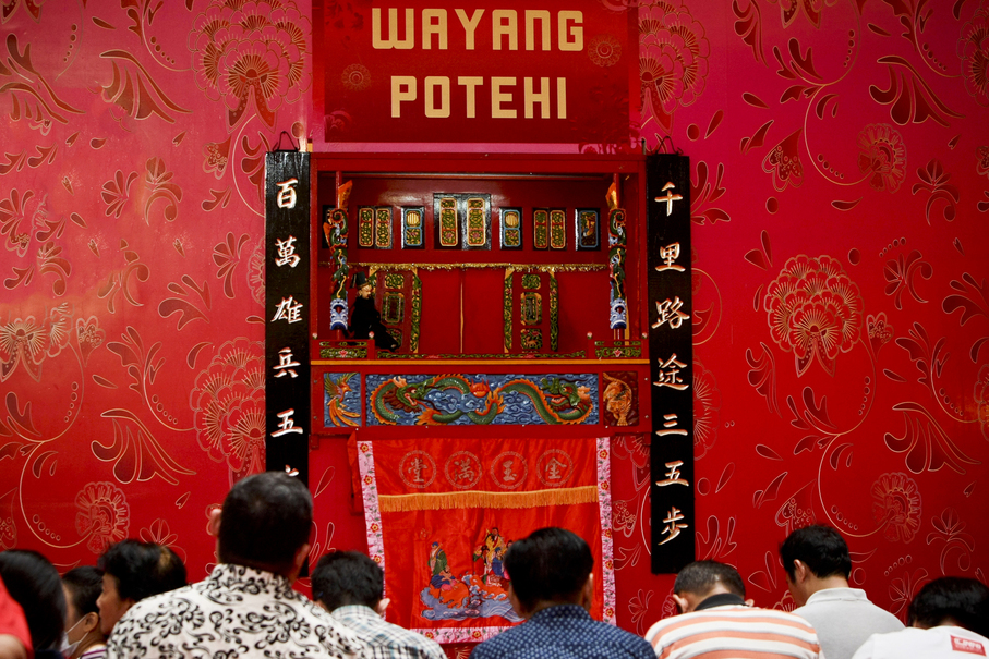 Wayang Potehi, a Chinese puppet art form, was almost lost in Indonesia after the political upheaval of 1965, when hundreds of thousands of ethnic Chinese-Indonesians were killed on suspicion of being communists. (JG Photo / Yudha Baskoro)