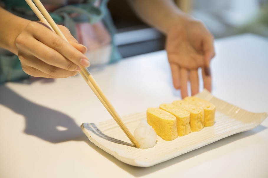 Tamago with a side of horse radish. (Photo Courtesy of ABC Cooking Studio)