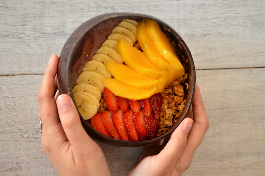 Nalu Bowl's signature dish is their Mavericks smoothie bowl. (JG Photo/Cahya Nugraha)