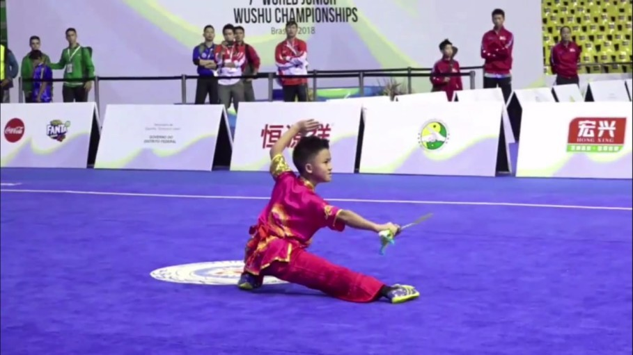 Lawrence in action during the World Junior Wushu Championships in Brazil in July. (Photo courtesy of the Indonesian Wushu Association)