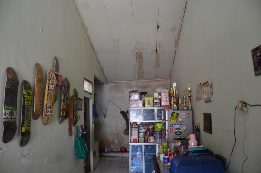 Inside Nyimas' flat. (JG Photo/Cahya Nugraha)