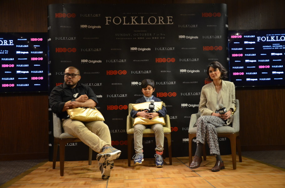 From left, Joko Anwar, Muzakki Ramdhan and Marissa Anita during a press conference for 'A Mother's Love' at Grand Hyatt Hotel in Central Jakarta on Sept. 14. (JG Photo/Cahya Nugraha)