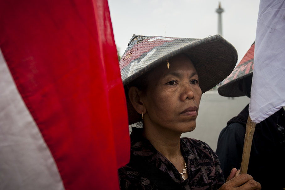 A farmer participating in the protest in front of the State Palace in Central Jakarta on Monday. (JG Photo/Yudha Baskoro)