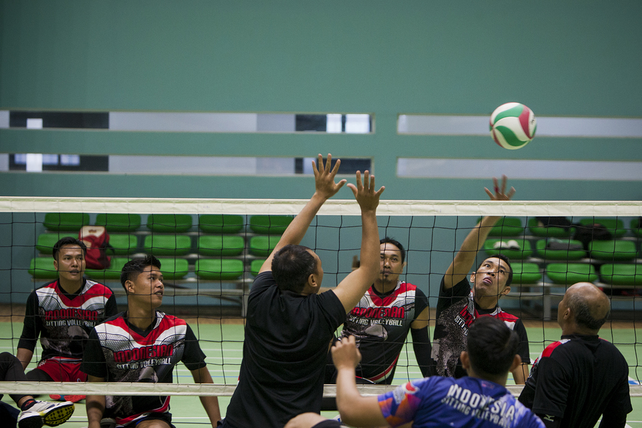 The Indonesian men's sitting volleyball team seen during practice at the Gelora Bung Karno Sports Complex. (JG Photo/Yudha Baskoro)
