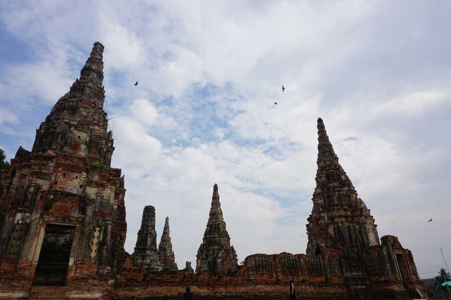 Ruins of Buddhist monasteries in Wat Chaiwatthanaram. The temple complex was constructed in 1630 and later established as an 'Aranya' temple, where mainly Buddhist monks practice meditation deep in the forest. (JG Photo/Sheany)