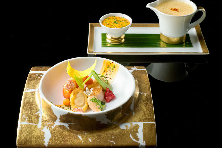 Seafood bouillabaisse with rouille sauce at Joel Robuchon Restaurant. (Photo courtesy of Resorts World Sentosa)