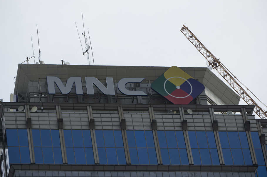 Indonesias digital switchover marked by controversy conflicting mncs offices on jalan srikaya in central jakarta the group controls free to gumiabroncs Images