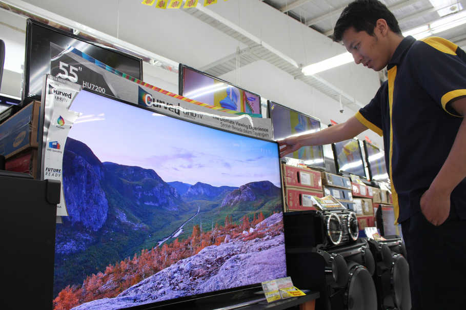 Indonesias digital switchover marked by controversy conflicting indonesias digital switchover marked by controversy conflicting interests television gumiabroncs Images