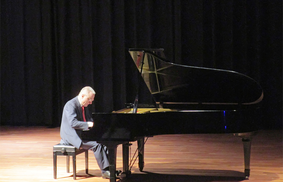 Batam to Host International Piano Competition