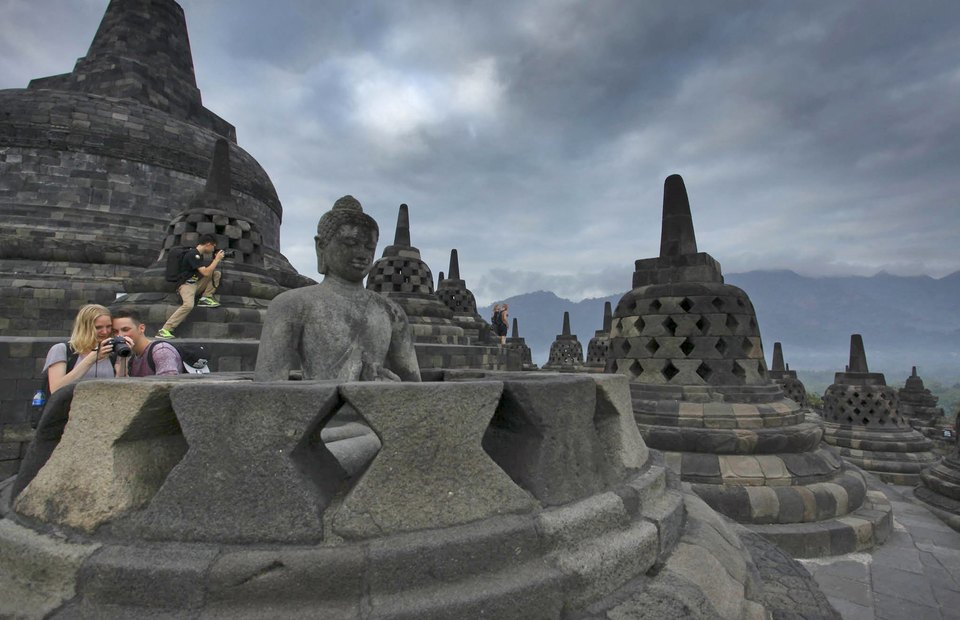 Indonesia Prepares New Strategy to Meet 2019 Tourist Arrival