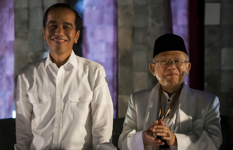 Survey Shows Jokowi's Re-election Prospects Rising, While
