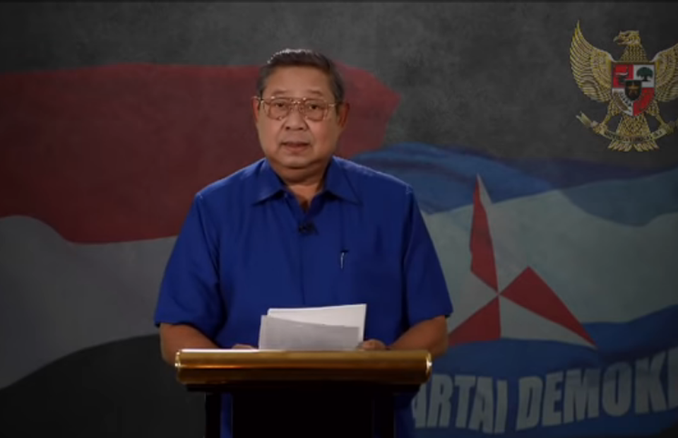 Democratic Party Chairman, Susilo Bambang Yudhoyono, reading his statement regarding the 2019 election result. (Photo courtesy of Demokrat TV on YouTube)