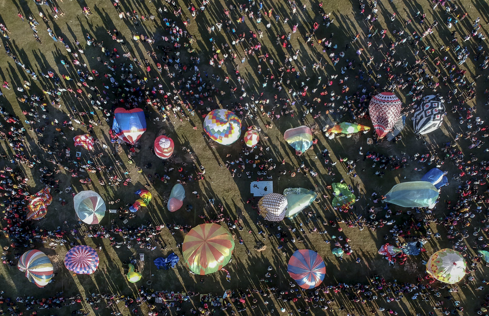 The second annual Java Balloon Festival was presented by the Directorate General of Air Transportation, AirNav Indonesia and the Pekalongan local government. (Antara Photo/Fikri Yusuf)